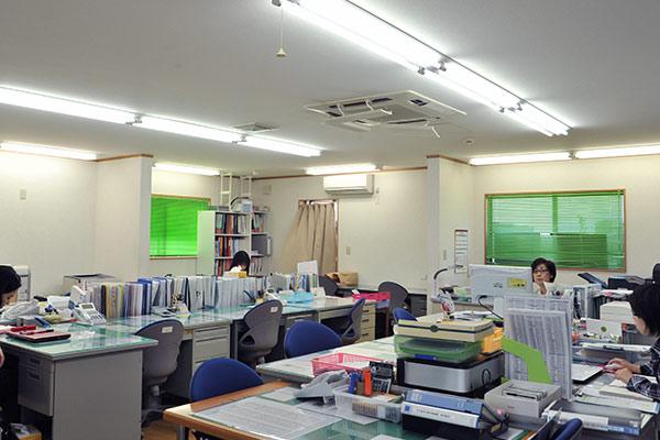 事務所 1階